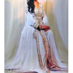 Takchita balnche pour mariage chic et élégante